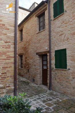 Independent house for sale in medieval village